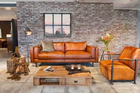 Englische Möbel im Retro Industrie Design